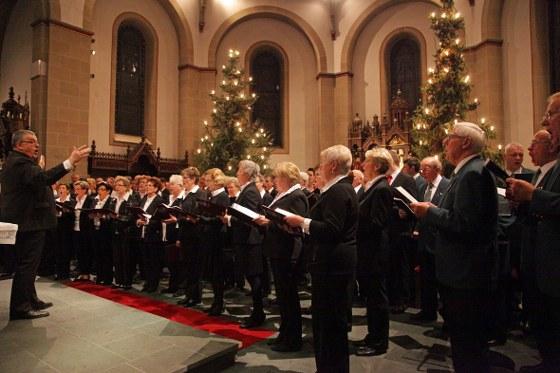 Klangvoller kann man die Weihnachtszeit wohl nicht ausklingen lassen: Sechs Chöre spielten beim Neujahrskonzert in Kaunitz.