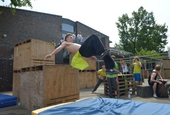 Sehenswerten Sport zeigten die 200 Teilnehmer des Parkour-Camps am Wochenende in Gütersloh.