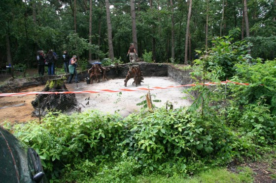 In Steinhagen haben die Ausgrabungen eines Grabhügels aus der Bronzezeit begonnen.